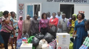 Steve Azaiki visits IDP Camp Abuja